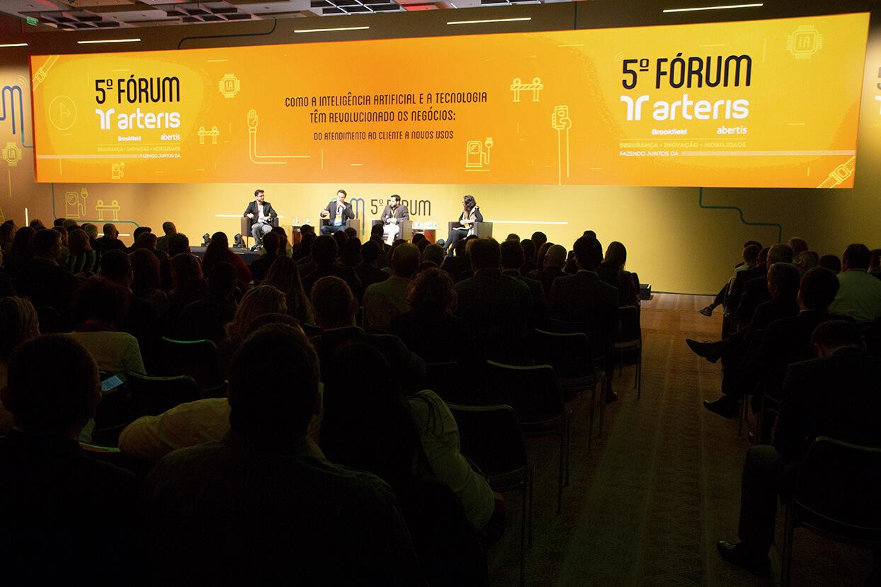 Fórum discute inovação e segurança no trânsito