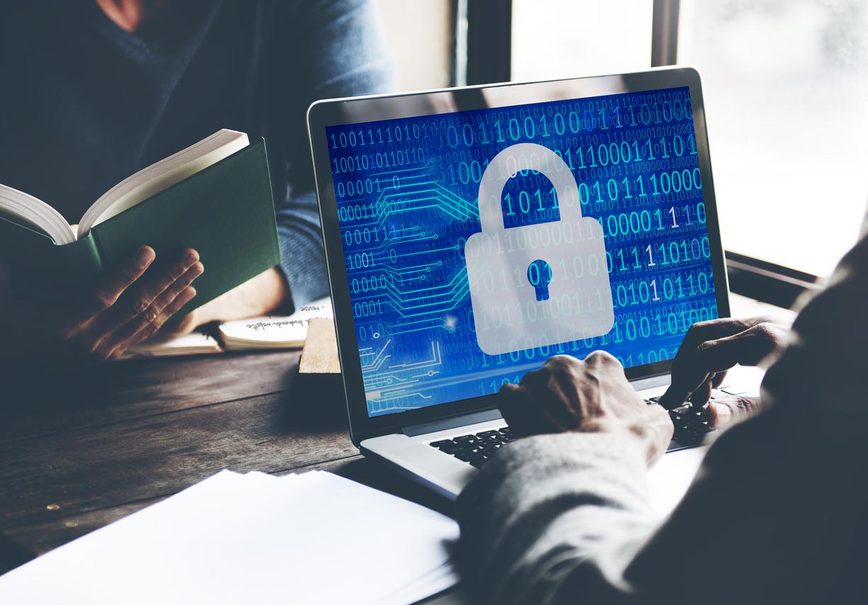 O que você precisa saber sobre ataques DDoS para proteger seu negócio
