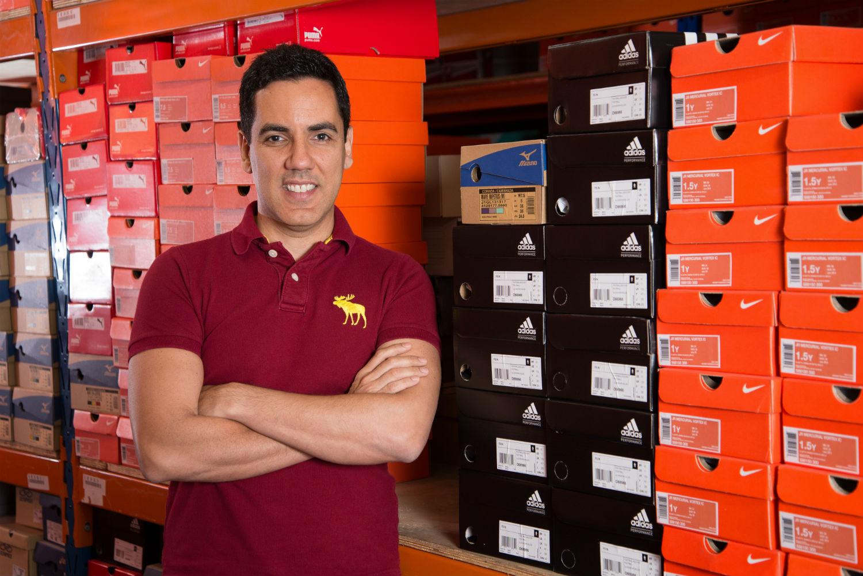 """""""Falávamos de esporte e, de repente, tínhamos que falar de moda. Surgiu daí a necessidade de revisarmos os valores para que os funcionários se conectassem com qualquer tipo de negócio que colocássemos aqui dentro"""" - Sergio Povoa, diretor de RH do Grupo Netshoes"""