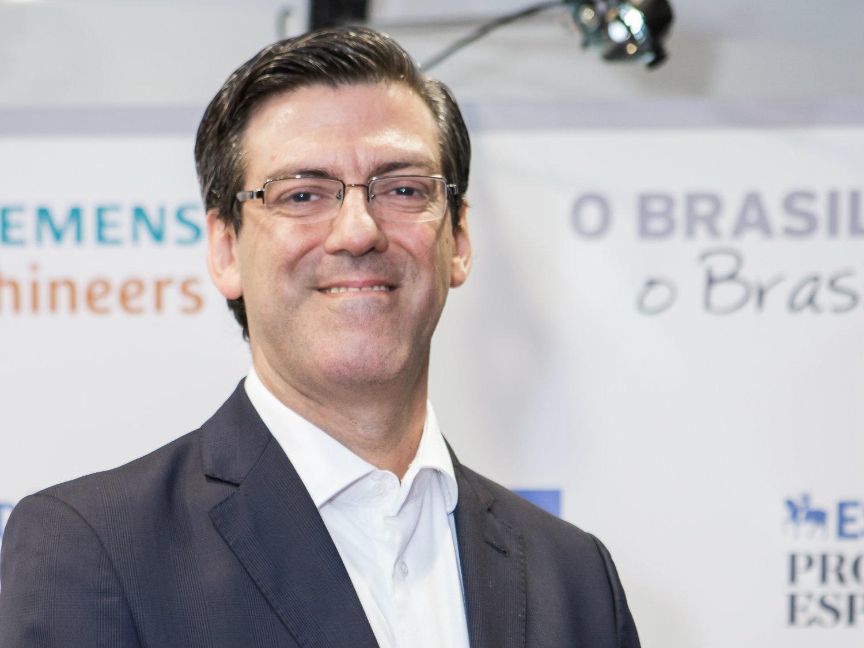 """""""A sustentabilidade do sistema de saúde necessariamente passa pelo valor da tecnologia e do seu uso racional"""", Armando Lopes, da Siemens"""