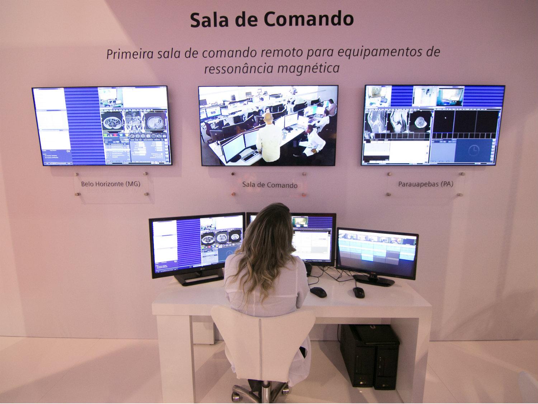 Post 2_Sala de comando_Roniel Felipe-