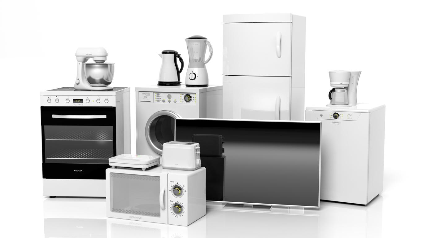 Já pensou em comprar móveis e equipamentos em leilão?