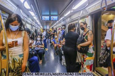 Passageiros esquecem objetos curiosos no transporte público