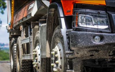 Scania Brasil   Caminhões fora de estrada encaram qualquer terreno